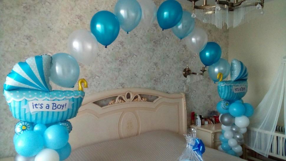 Гелиевые шарики для встречи новорожденного из роддома